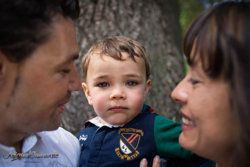sesion familia, niño, amor, ilusion, familia, migul cañavate, miguelcanavate, niño, hijo, madre, padre, parque
