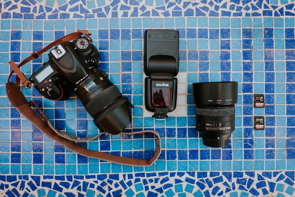 ¿Cuál es el equipo fotográfico de un fotógrafo de bodas?